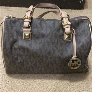 Michael Kors Grayson Large satchel